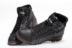 clarks shoemakers chernye